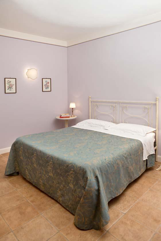 B&B Foligno | Camera matrimoniale bagno ingresso privato